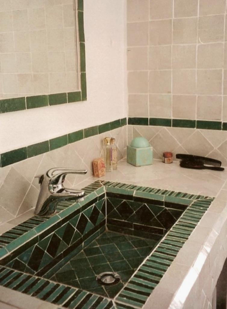 Carrelage zellige 10 x 10 cm couleur vert pale