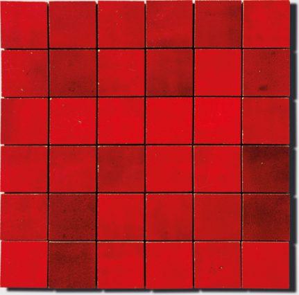 mosaïque en zellige 30 x 30cm en rouge