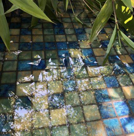 MOSAIQUE EN EMAUX DE VERRE 2.5 x 2.5 CM BLUE BALI