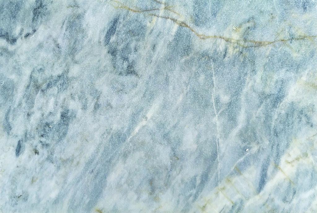 Dalle sable brosse Arctic Blue scaled sur VotreCarrelage.com
