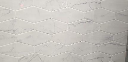 Faïence imitation marbre hexagone CARRARA 10x20